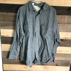 Eddie Bauer Thick Men's Gray Button up size Large